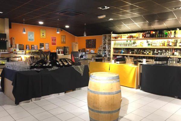 epicurienne-marche-aux-vins.-roche-sur-yonjpg